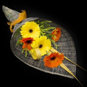 florist-bouquet-gerbera-simplicity.jpg