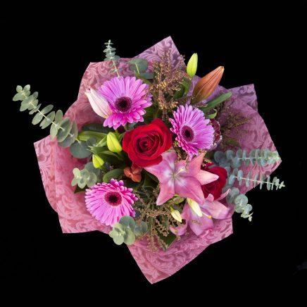 Seasonal pink Bouquet